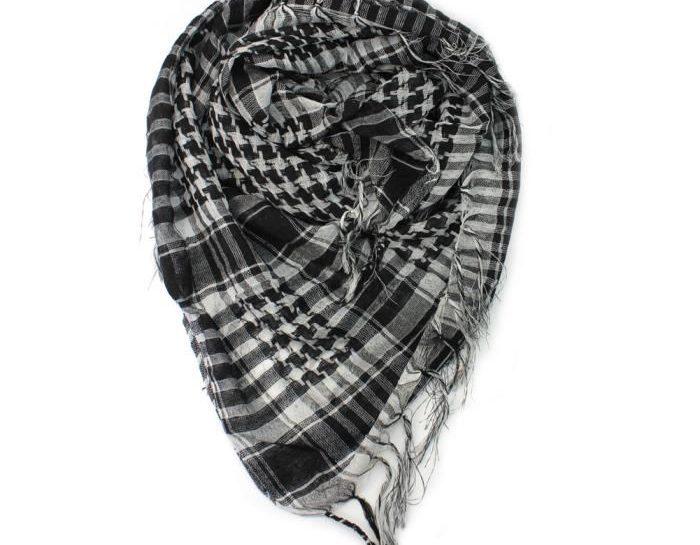 echarpe noir et blanc