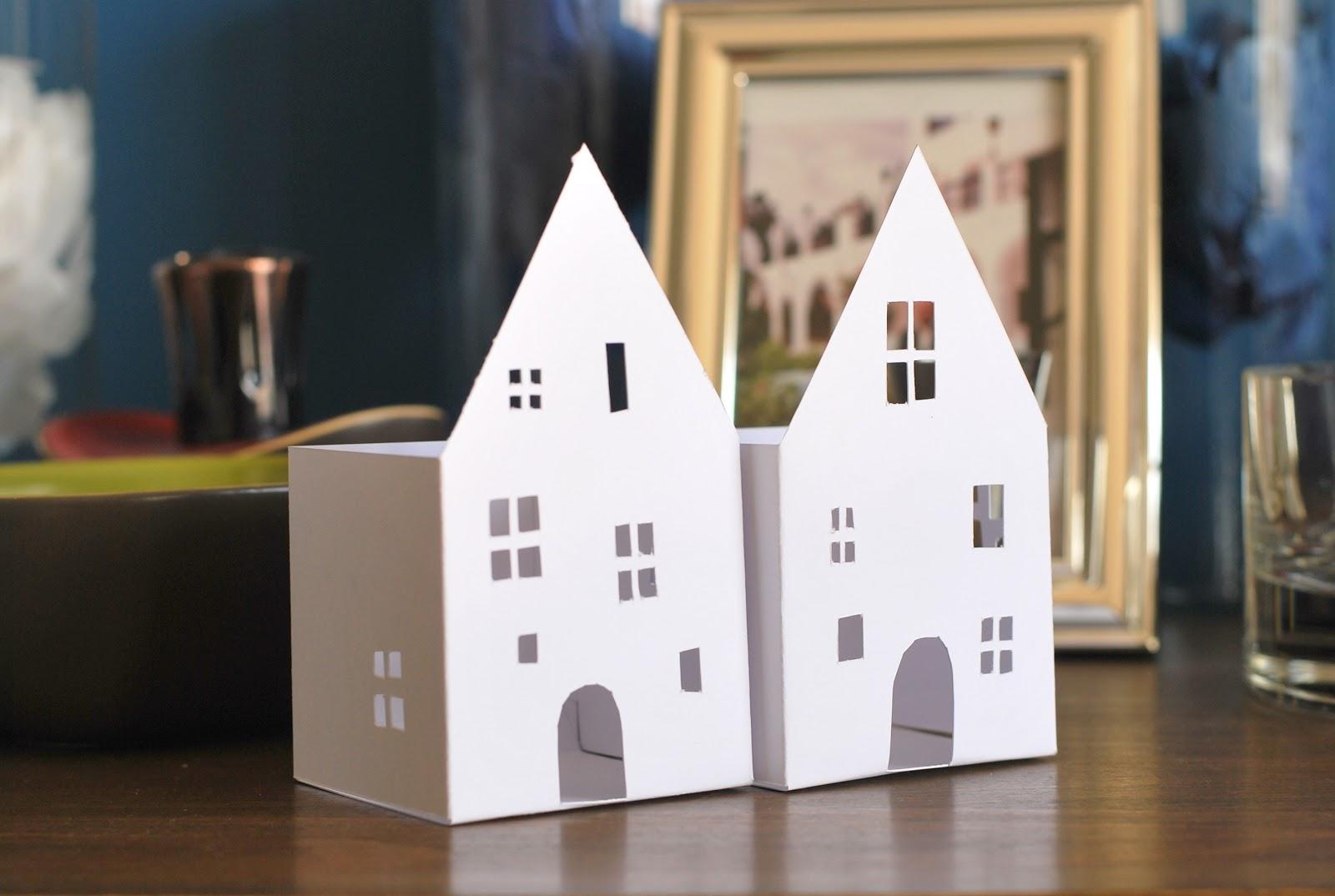 Comment faire une maison en papier for Fabriquer une maison